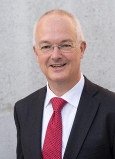 Prof.-Dr.-Christian-Debus
